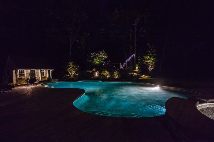 grafton-landscape-lighting-700x466